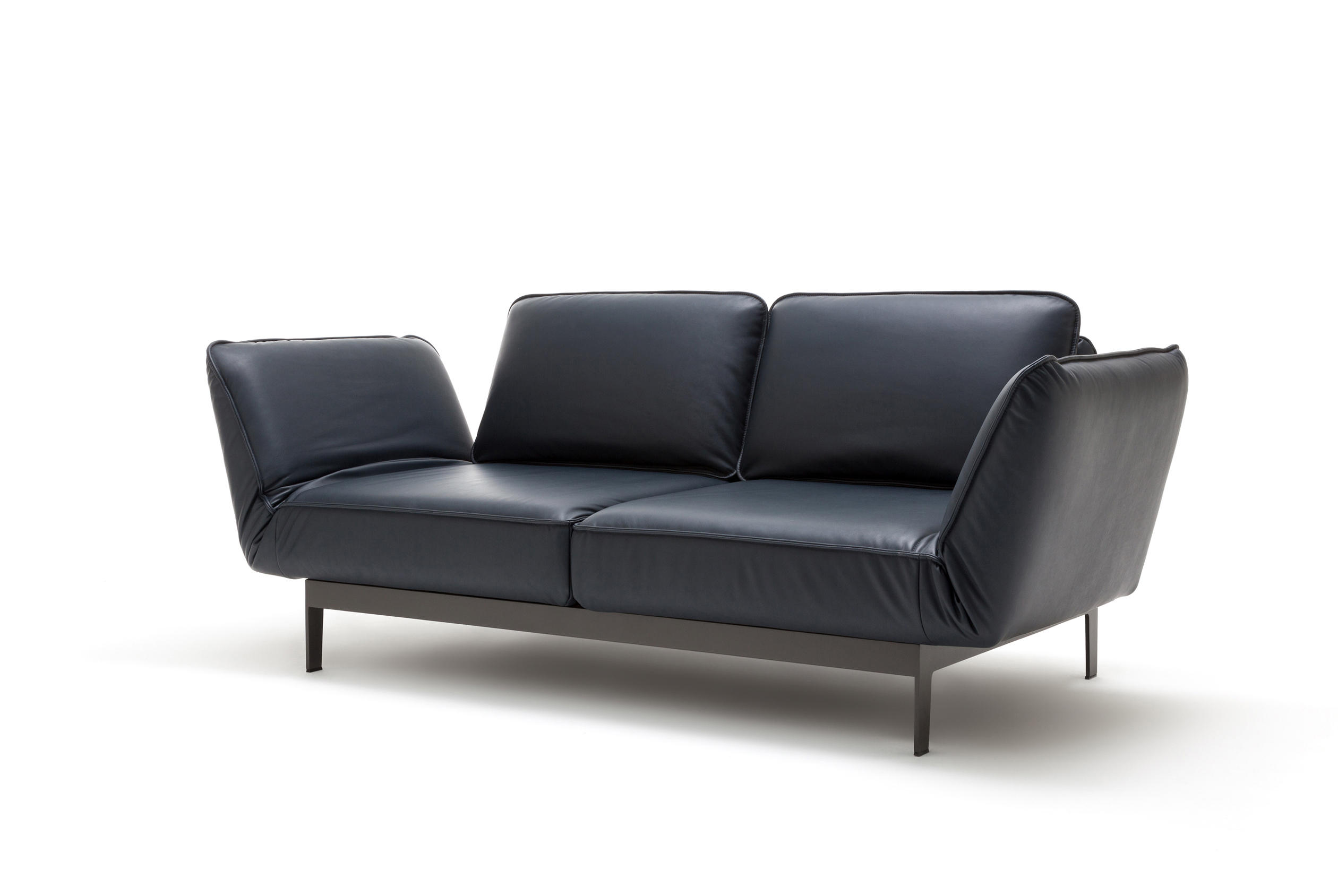 rolf benz 386 mera reclining sofas from rolf benz architonic. Black Bedroom Furniture Sets. Home Design Ideas