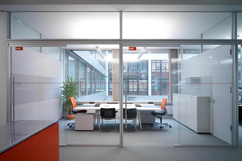 Fecot r glass sliding door st10 internal doors from feco for Sliding glass doors germany