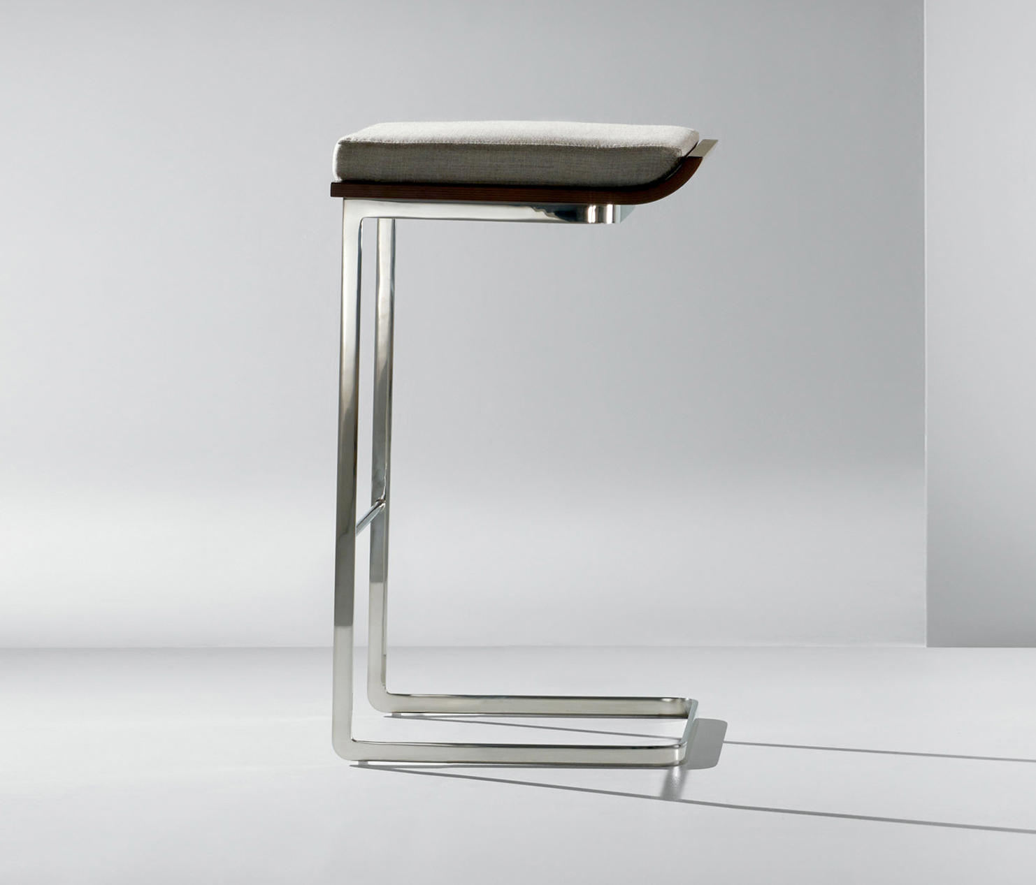 Bon Li | Backless Stool By Cumberland Furniture | Bar Stools