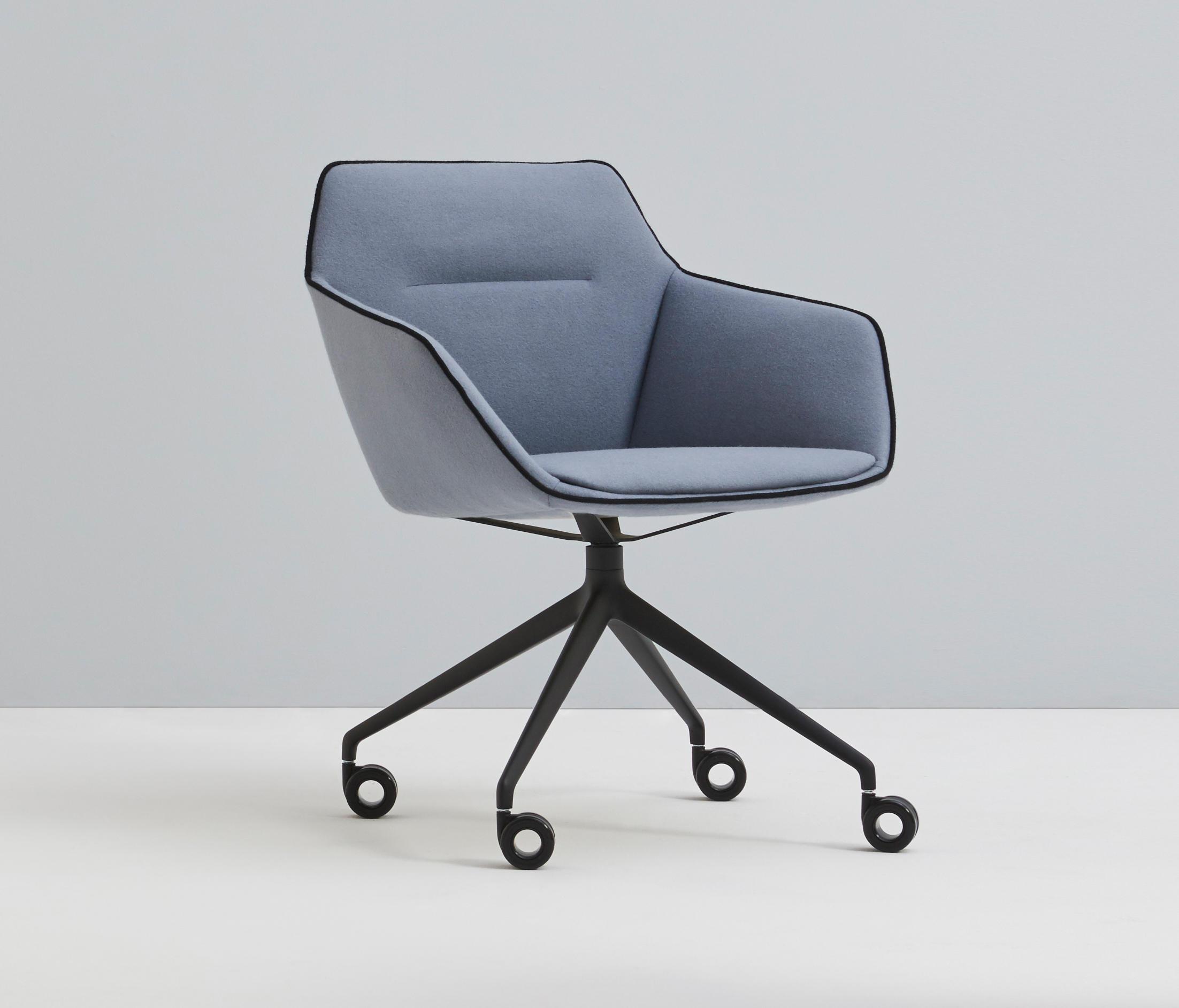 Charmant Sachet By Davis Furniture   Chairs