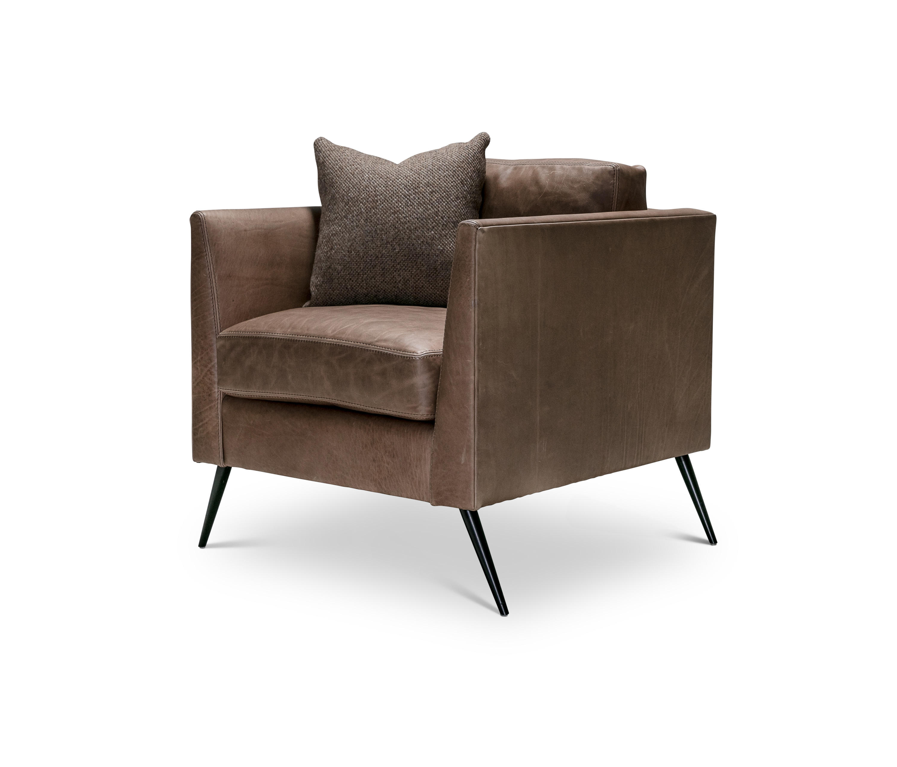TERRENCE CLUB CHAIR Lounge chairs from Verellen