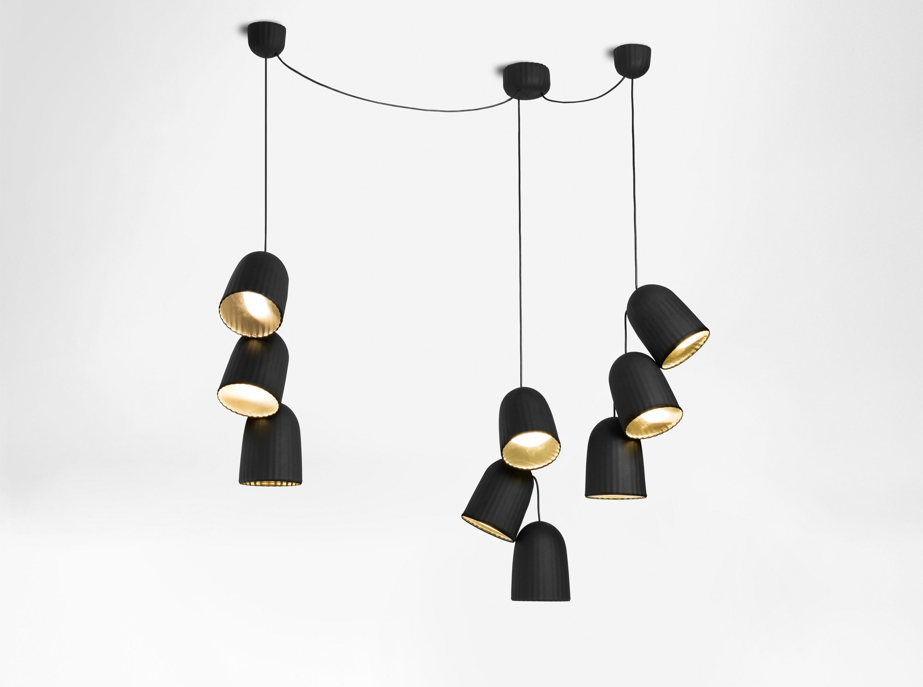 chains triple pendant lamp 3 units general lighting from petite friture architonic. Black Bedroom Furniture Sets. Home Design Ideas
