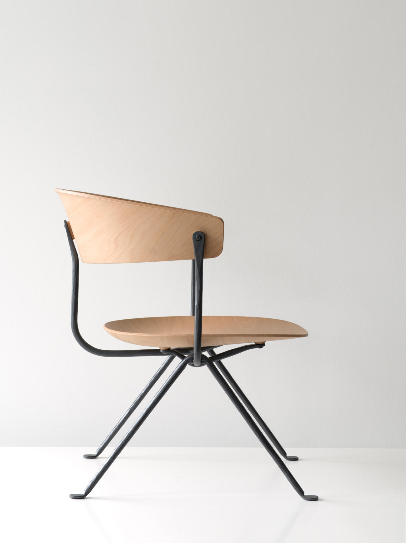 Officina chair chairs from magis architonic for Magis chair