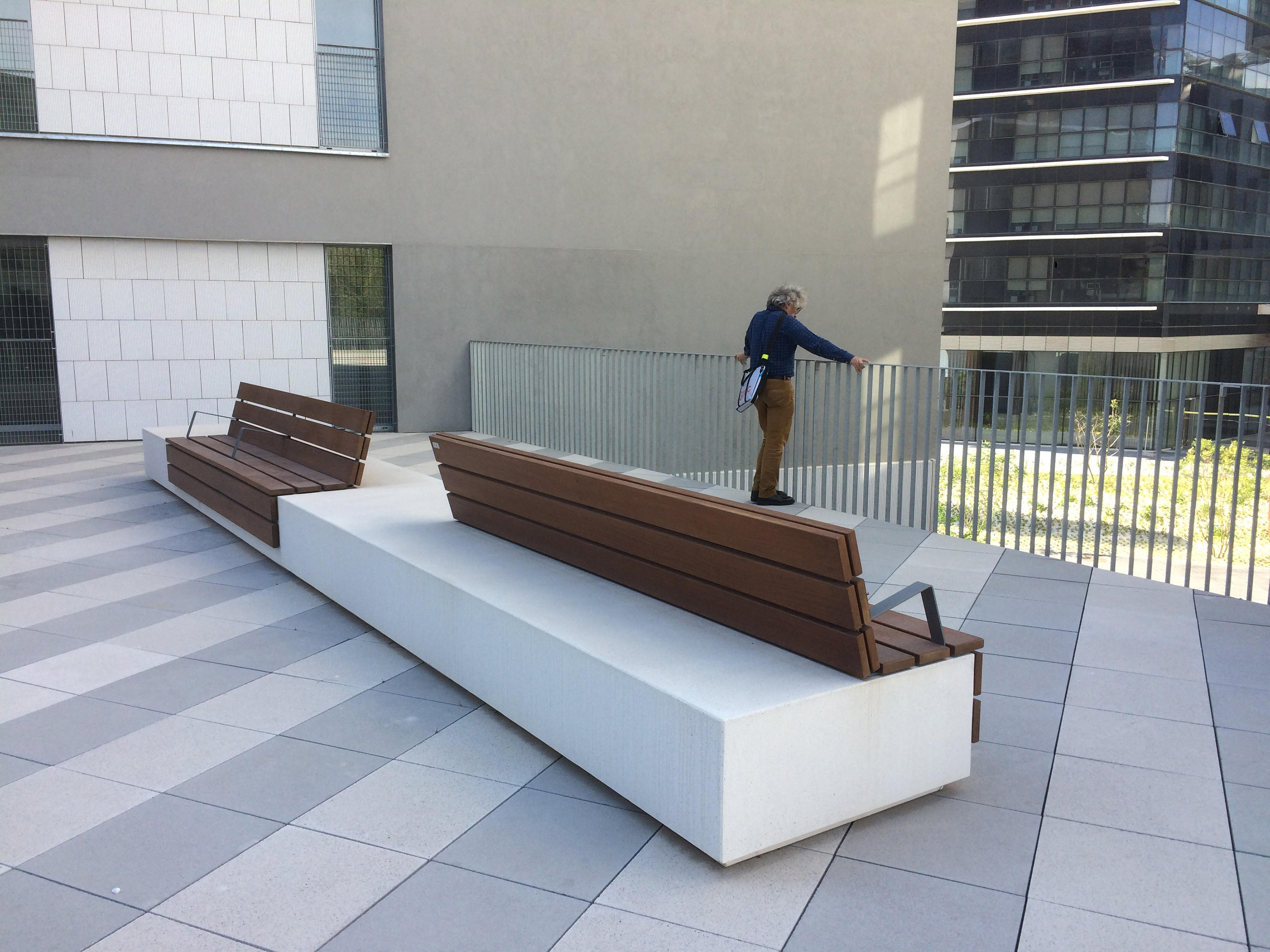 Longo Exterior Benches From Escofet 1886 Architonic