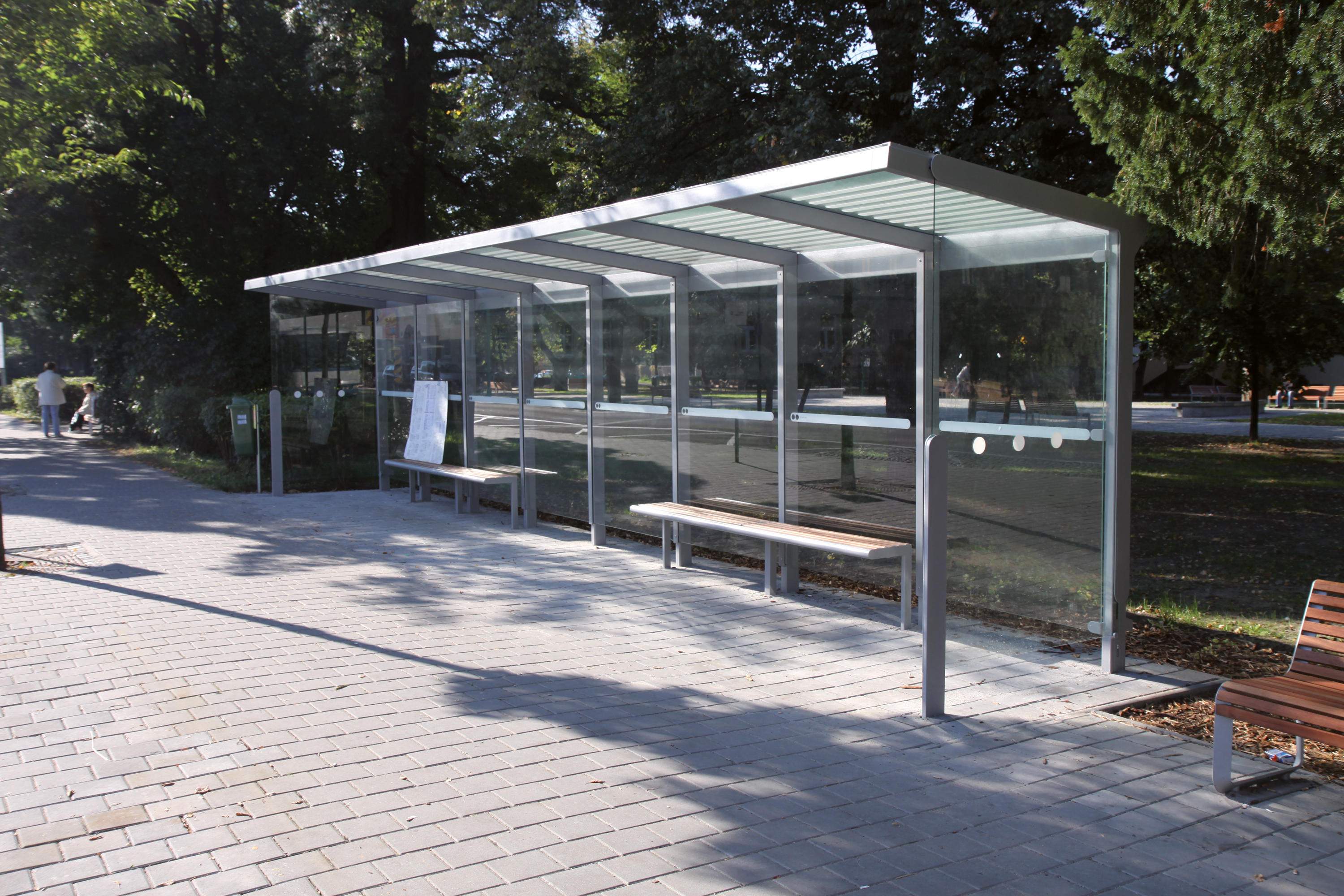 Bus Stop Shelters : Aureo bus stop shelter shelters from mmcité