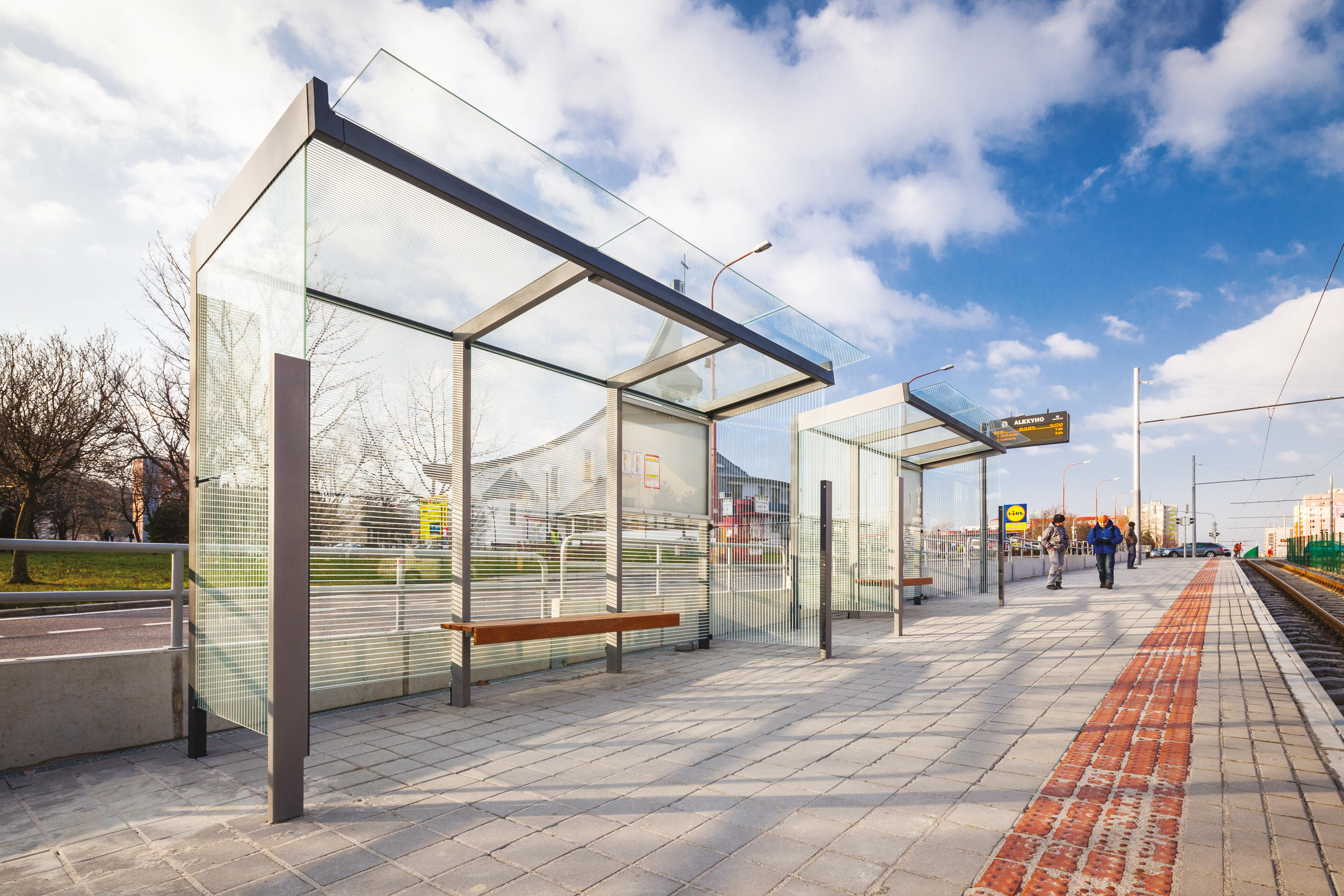 Bus Stop Shelters : Geomere bus stop shelter shelters from mmcité