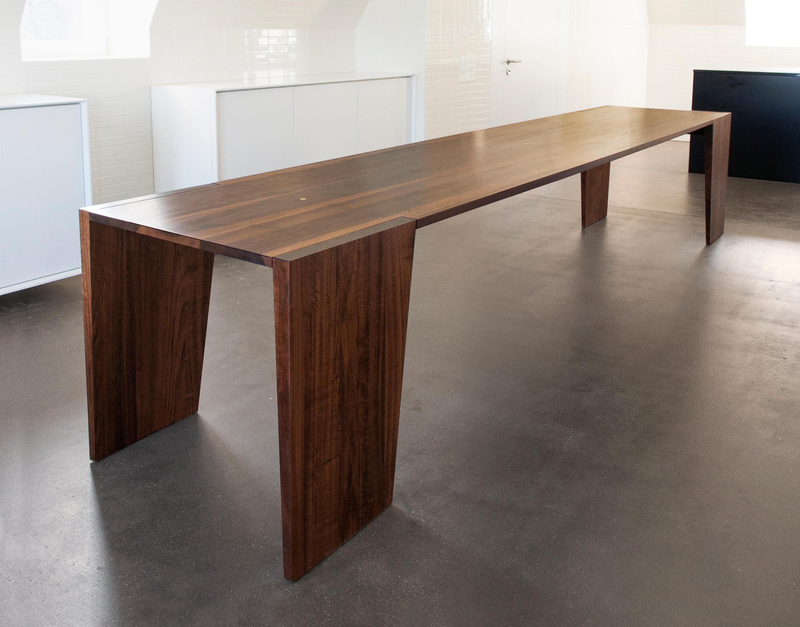 B n tavoli ristorante ondo architonic for Produttori tavoli