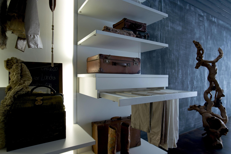 Cabine Armadio Ferramenta : Oasi cabina armadio cabine armadio silenia architonic