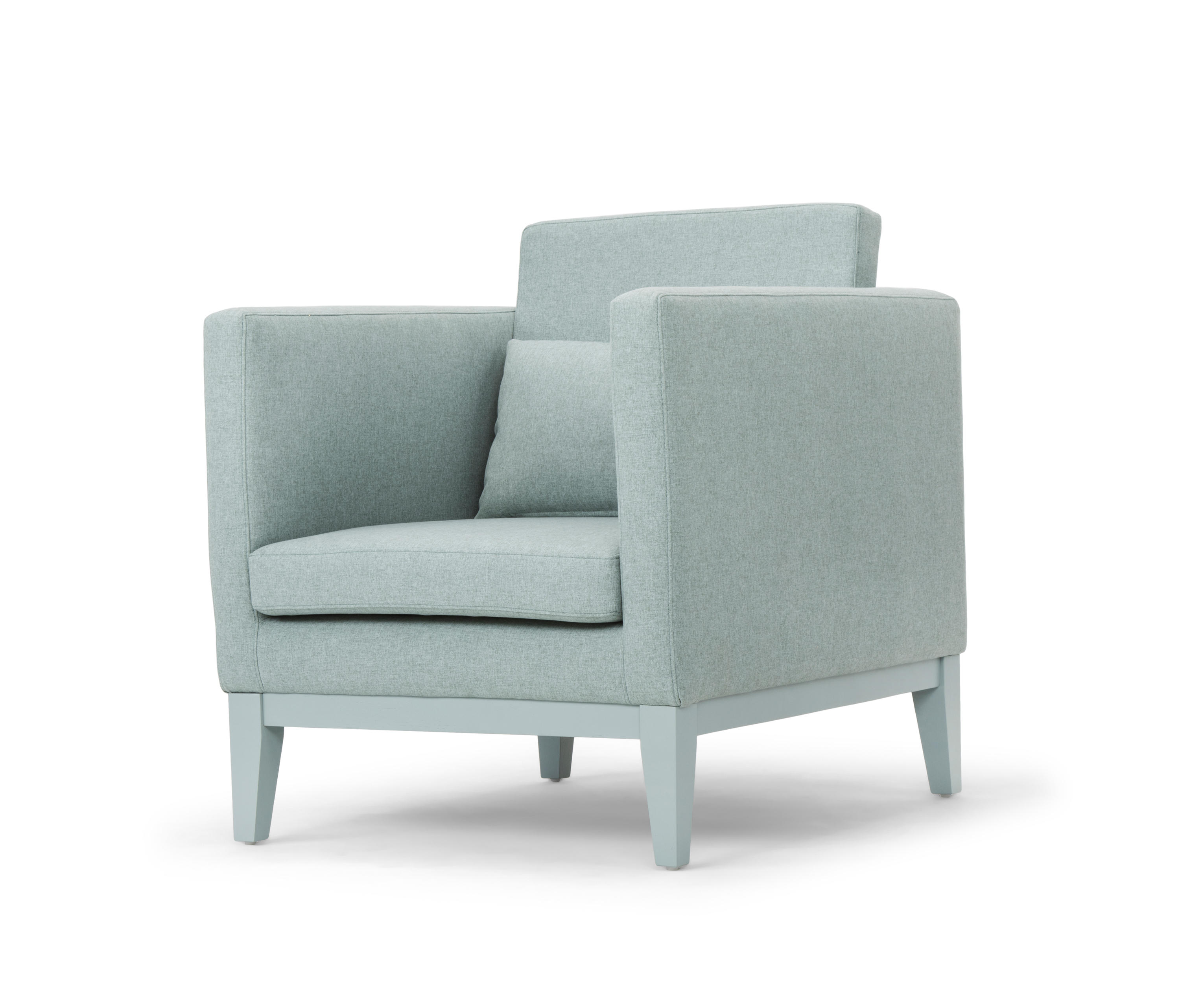 Day dream easy chair lounge chairs from design house for Dream house days furniture
