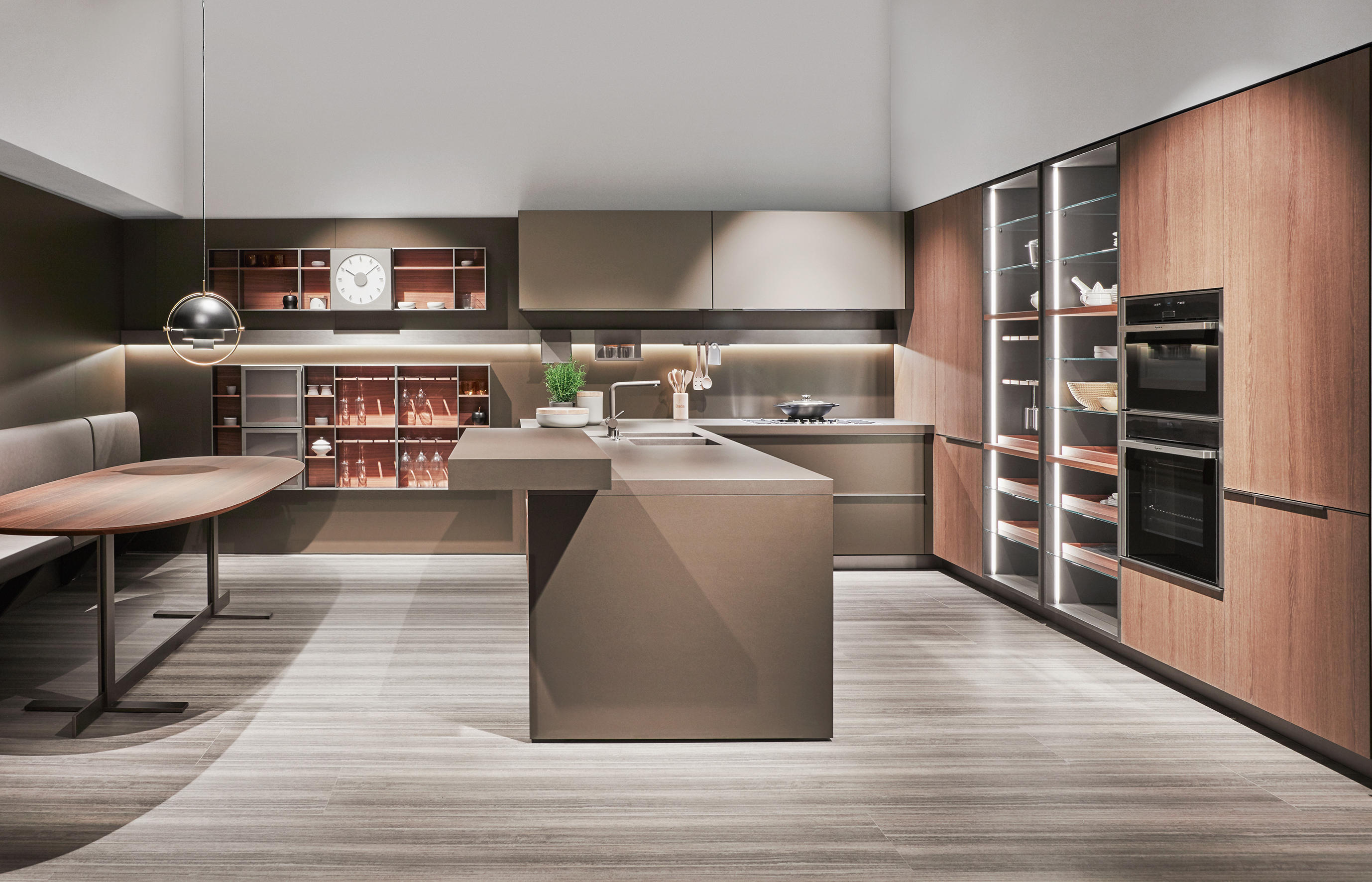 Indada cucine parete dada architonic for Cucine pinterest