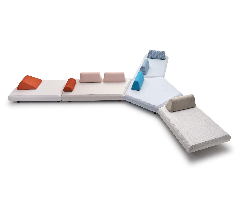 bento canape modulaire meubles cocoon de varaschin. Black Bedroom Furniture Sets. Home Design Ideas
