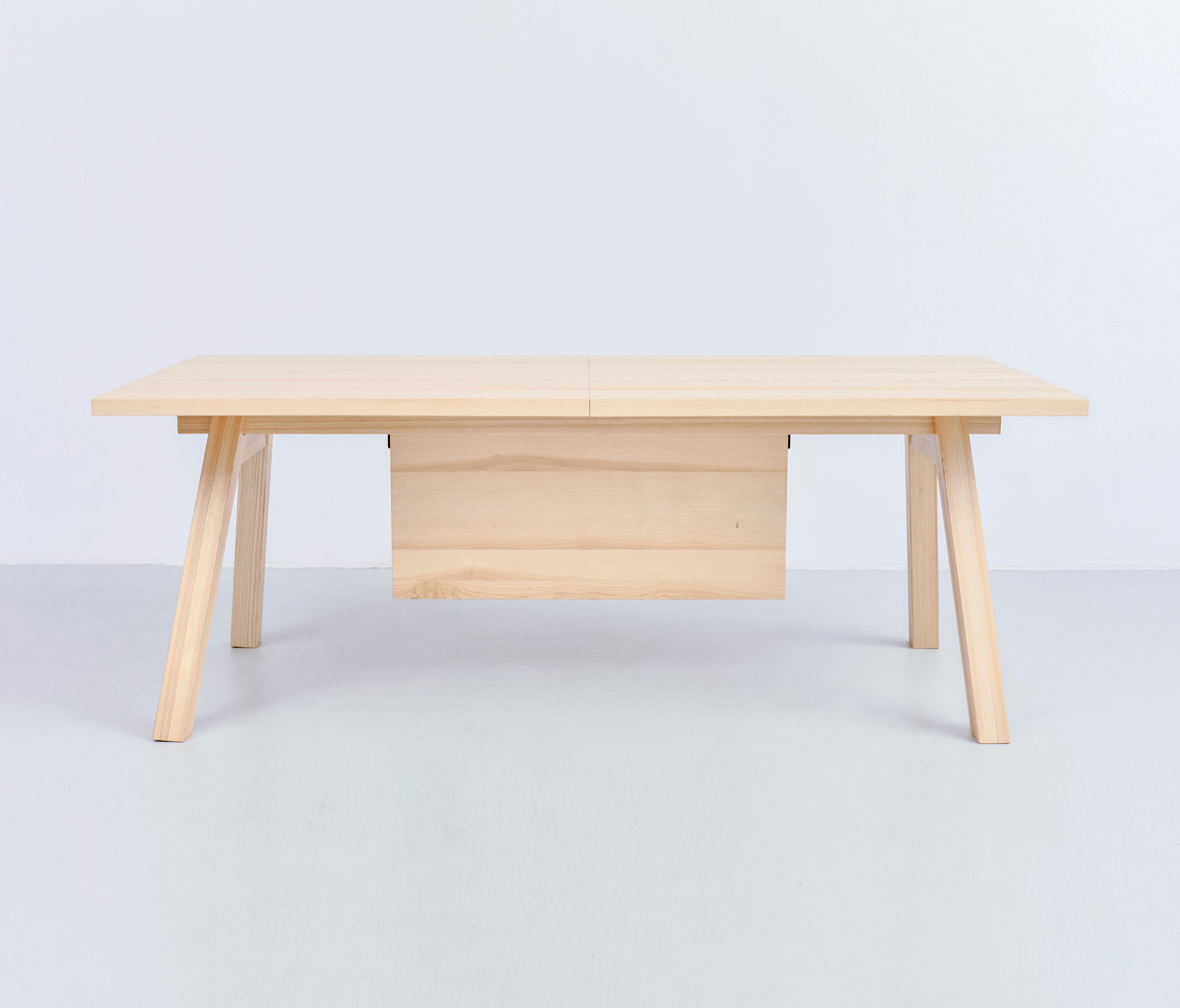 Merveilleux Piano Table Natural Ash By Tre Product | Dining Tables