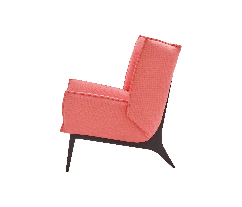 toa sessel mit armlehnen sessel von ligne roset. Black Bedroom Furniture Sets. Home Design Ideas