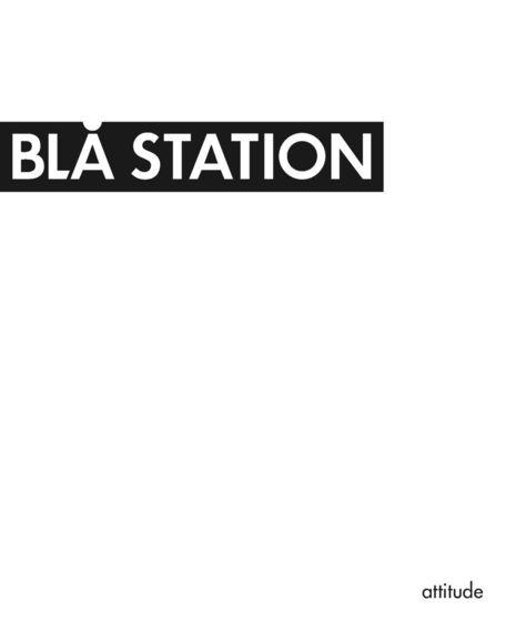 Blå Station Attitude