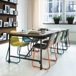 Siren stackable chairs