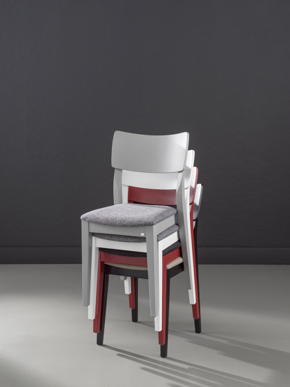 Piccolo chair Ash Blonde by Hans K