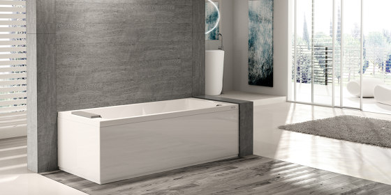 Sharp 75 by Jacuzzi®