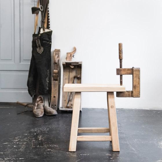 Hans Sgabello del legno di quercia. di Anton Doll