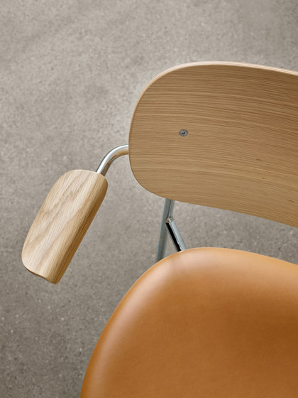 Co Chair w/ Armrest, Chrome / Seat with fabric by MENU