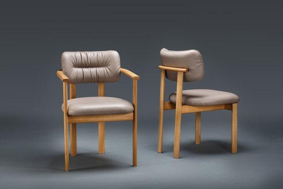 Pillar Chair by Favius