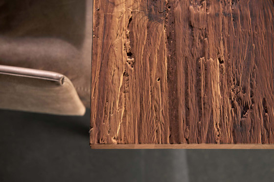 Chopped Wood Larch smoked de VD Werkstätten