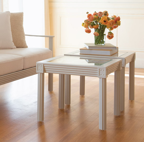 QUADRATL GLASS TOP DINING TABLE RECTANGLE 226 by JANUS et Cie