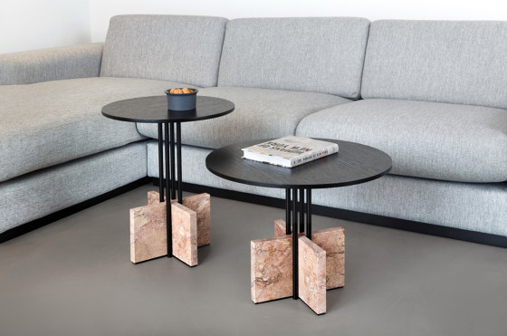 Gravity Table by Favius