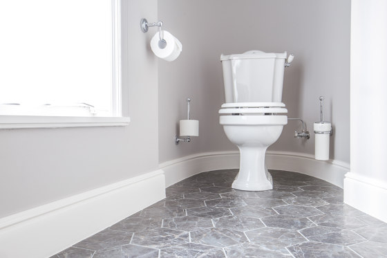 London high level toilet with pull Horizontal outlet by Kenny & Mason