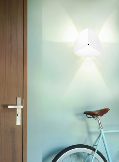 Leaf Wall Lamp Wall Lights From Bs Living Architonic