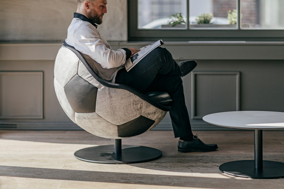 lillus hattrick | dinner chair / cocktail chair by lento
