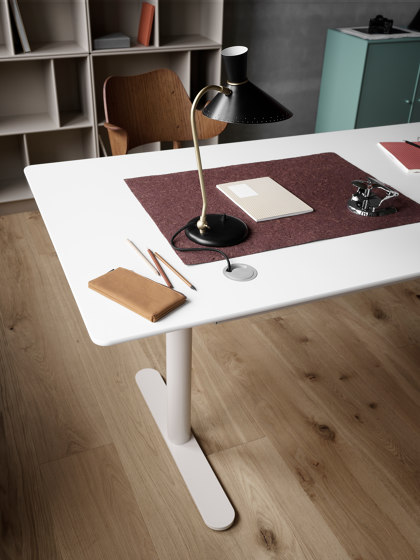 Quickbox | HiLow table component di Montana Furniture