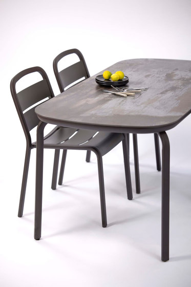 Marumi | Dining Chair in Aluminum by EGO Paris