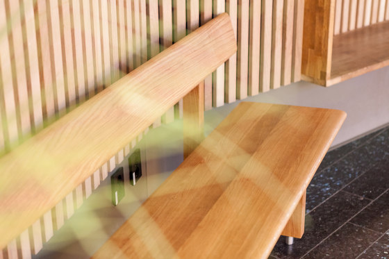 Edo bench by Vestre