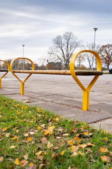 Folk bench by Vestre