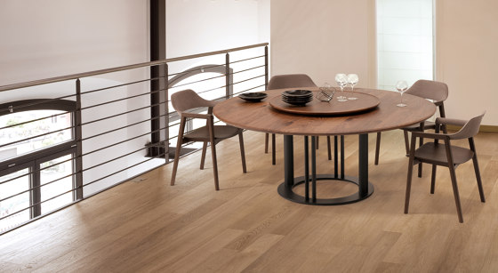 RB Table Round Table de Conde House