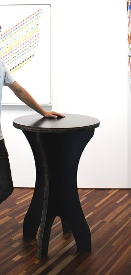 The Amsterdam standing table by Cartoni Design