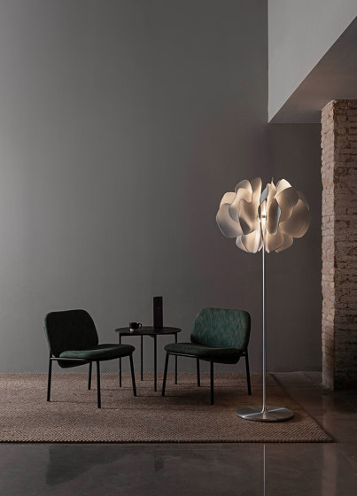 Nightbloom Table Lamp | White (CE) de Lladró