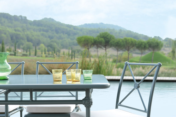 1800 | Rectangular coffee table von Tectona