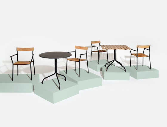 Cicala   Square table by Tectona