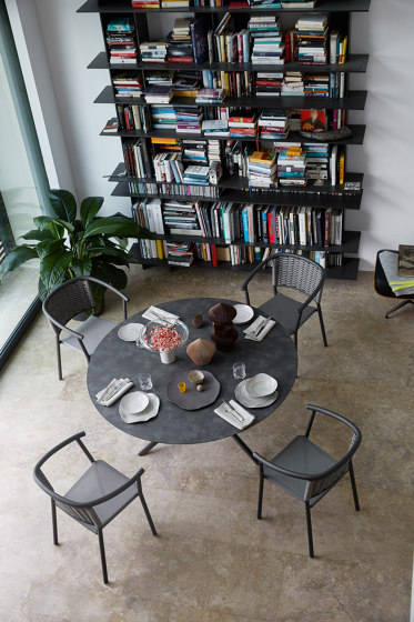 Lipari 4348H tavolino di ROBERTI outdoor pleasure
