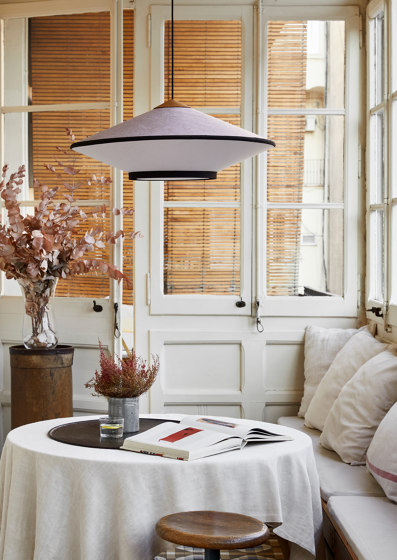 Cymbal | Table Lamp | Midnite von Forestier