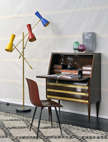 Wormhole | Vintage Floor lamp de Il Bronzetto - Brass Brothers & Co