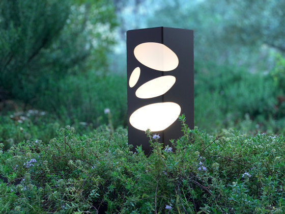 LED pathway light | BN 011 by LYX Luminaires