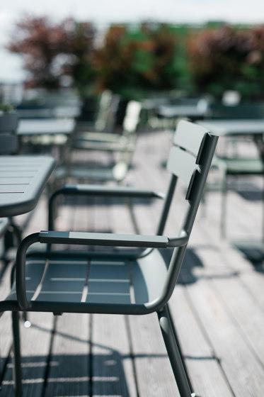 Luxembourg   Großer, Niedriger Tisch / Gartenbank von FERMOB