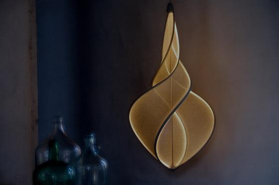 llll.05 suspended lamp | gold de llll