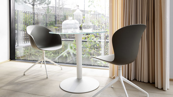New York Table T058 by BoConcept