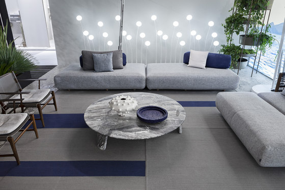 Levante Sofa by Exteta
