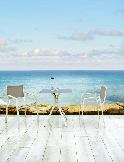 Ora Coffee Table von 10DEKA