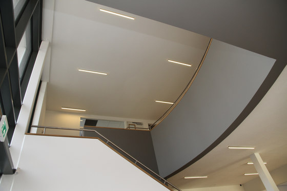 PL6 series | Cover C4 opal / satined 200 cm by Galaxy Profiles