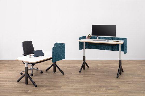 Flex Worktable Seated by Steelcase